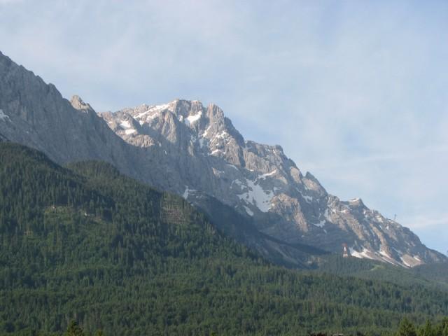 Die Zugspitze vom Balkon aus